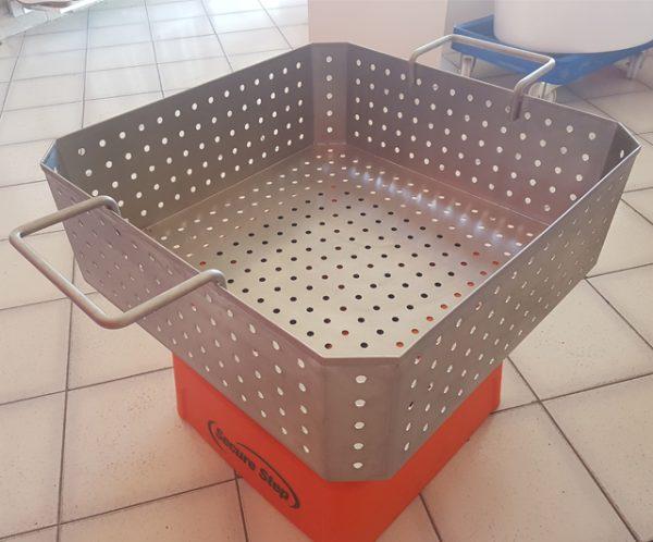 200L S/S Dump Bin Wash Stand|Stainless Bin Trolleys|Barnco