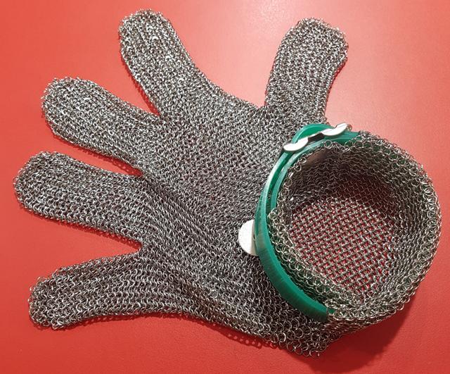 Reton 5-Finger Wrist Mesh Glove Extra-Small|Clearance Bucket| Barnco